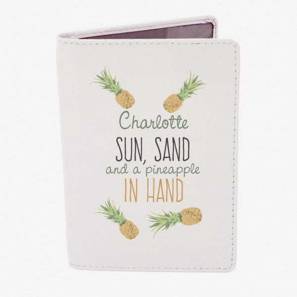 Personalised-Passport-Holder_1_1024x1024